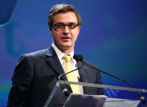NEW YORK, NY - APRIL 02:  Journalist Chris Hayes attends PFLAG National's 2012 Straight for Equality Awards gala at the Marriott Marquis Times Square on April 2, 2012 in New York City.  (Photo by Astrid Stawiarz/Getty Images)