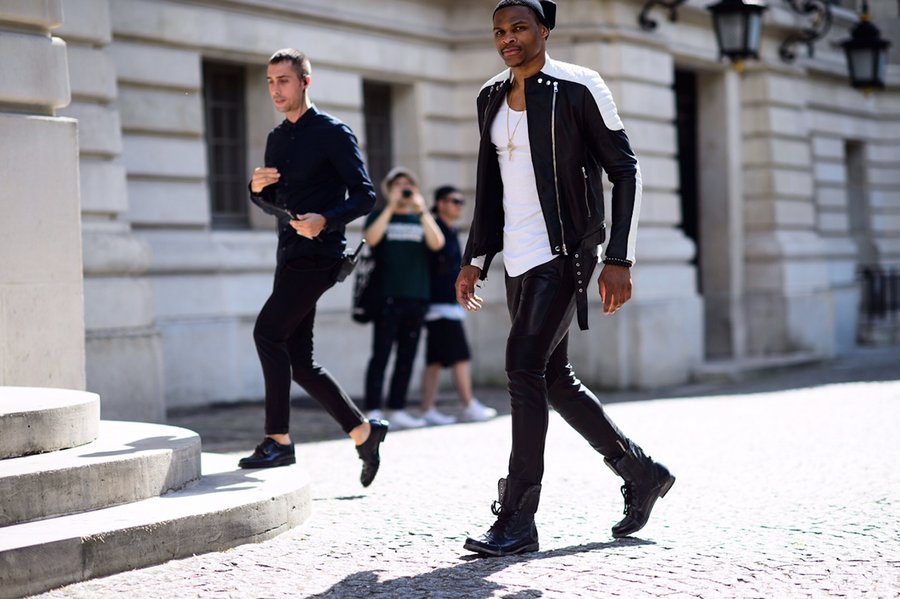 559006fa1805dfb145209cd5_russell-westbrook-balmain-streetstyle