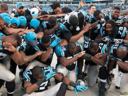 635857097673583596-USP-NFL-ATLANTA-FALCONS-AT-CAROLINA-PANTHERS-78271682